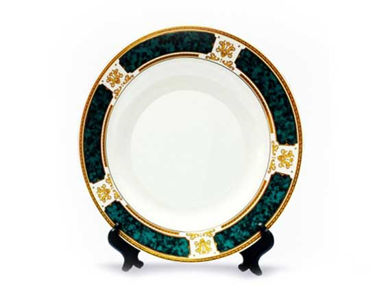 Rim Plate with Green Design